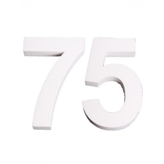 Piepschuim 75 cijfer 25 cm