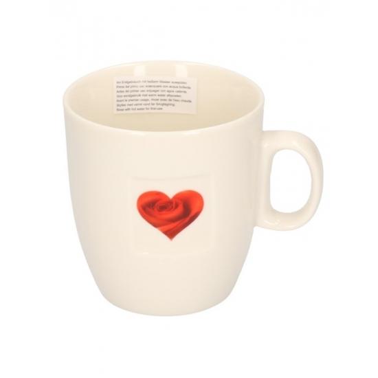 Valentijn koffiekop met bloemhartje