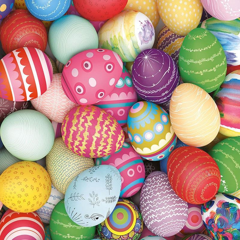 20x Servetten Pasen thema gekleurde eieren 33 x 33 cm