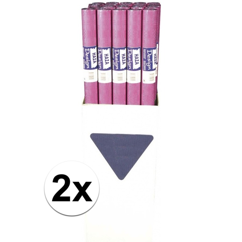 2x Donkerroze papieren tafelkleed op rol
