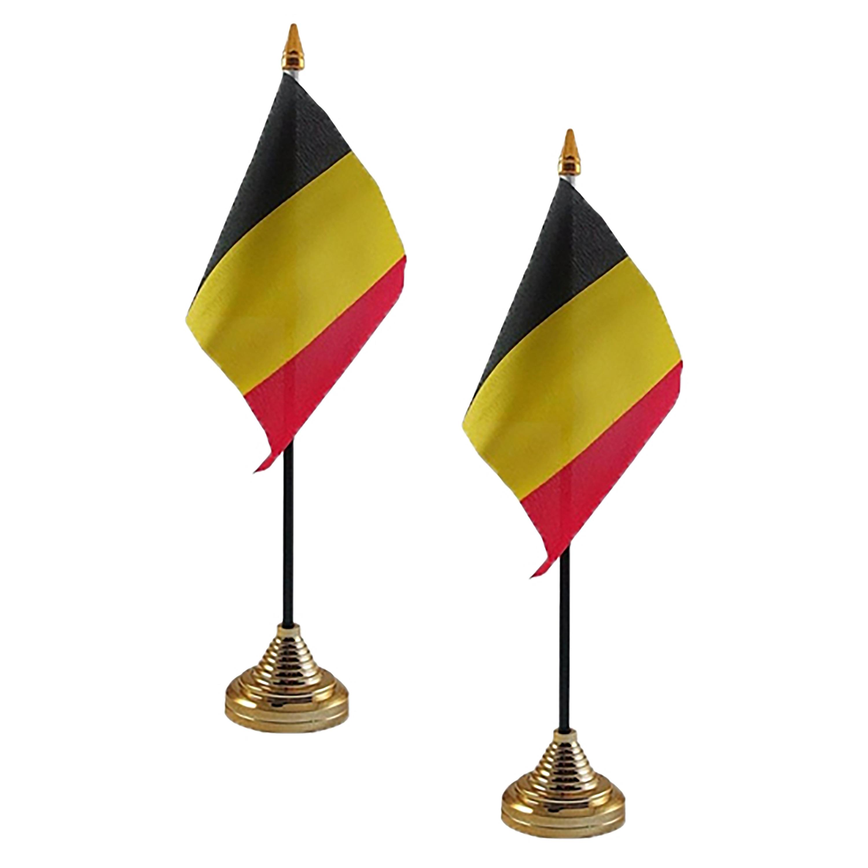 2x stuks Belgie tafelvlaggetjes 10 x 15 cm met standaard