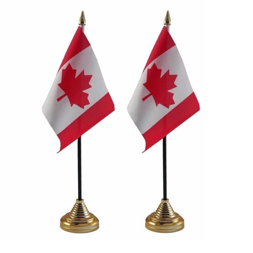 2x stuks Canada tafelvlaggetjes 10 x 15 cm met standaard
