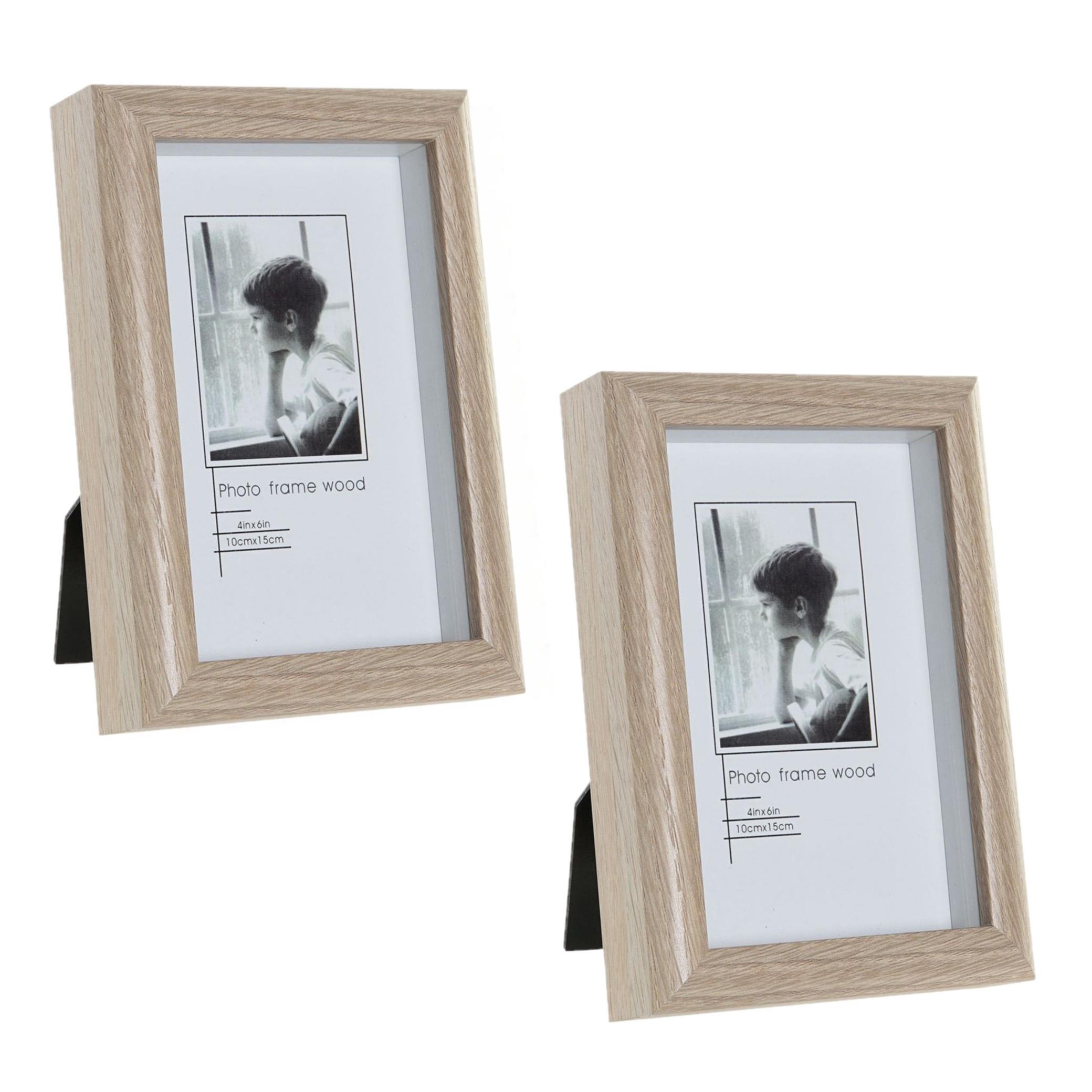 2x stuks fotolijstjes hout geschikt voor een foto van 10 x 15 cm