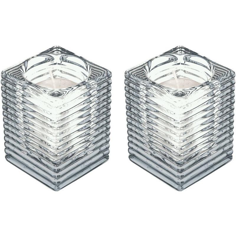 2x Transparante kaarsenhouders met kaars 7 x 10 cm 24 branduren