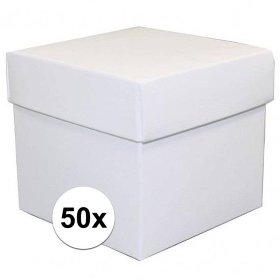 50x stuks Witte cadeaudoosjes van 10 cm vierkant