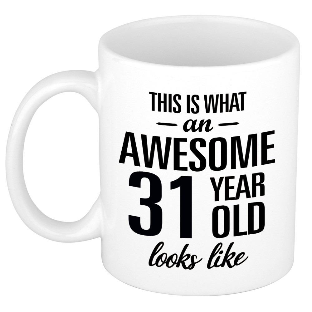 Awesome 31 year cadeau mok - beker 300 ml