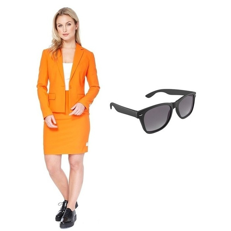 Dames mantelpak oranje met gratis zonnebril