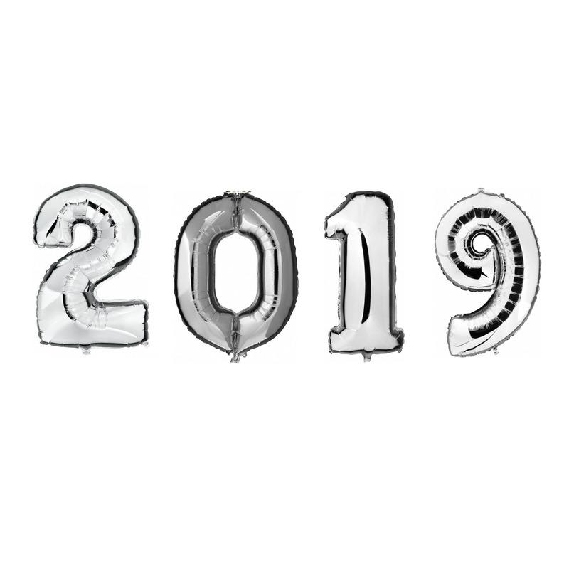Grote zilveren 2019 ballonnen voor Oud en Nieuw