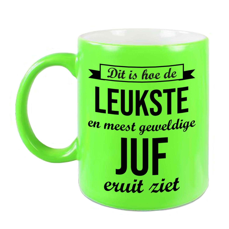 Leukste en meest geweldige juf cadeau koffiemok - theebeker neon groen 330 ml