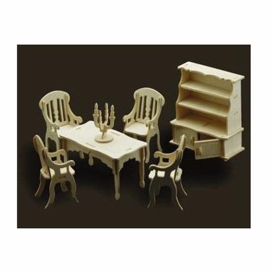 Poppenhuis meubels eetkamer Bruin