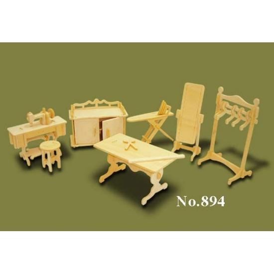 Poppenhuis meubels kleding atelier Multi
