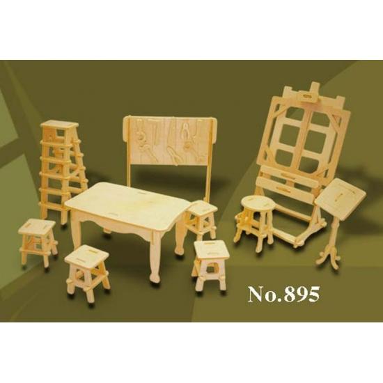 Poppenhuis meubels kunst atelier