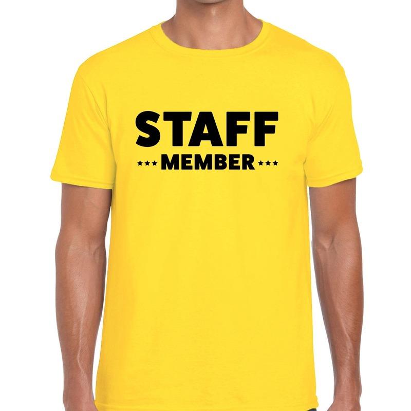 Staff member - personeel tekst t-shirt geel heren
