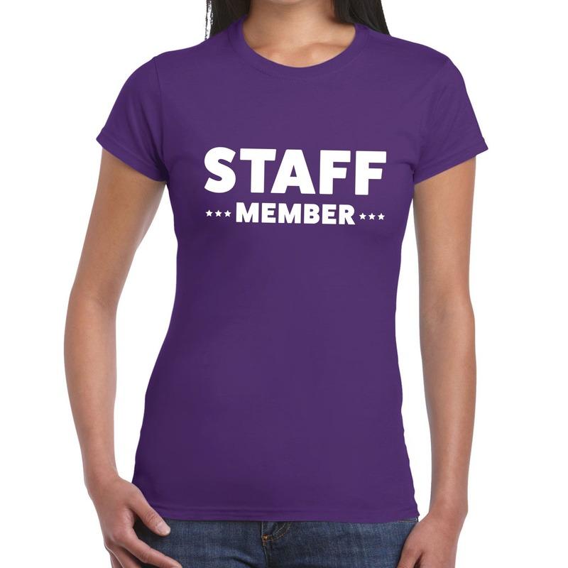 Staff member - personeel tekst t-shirt paars dames