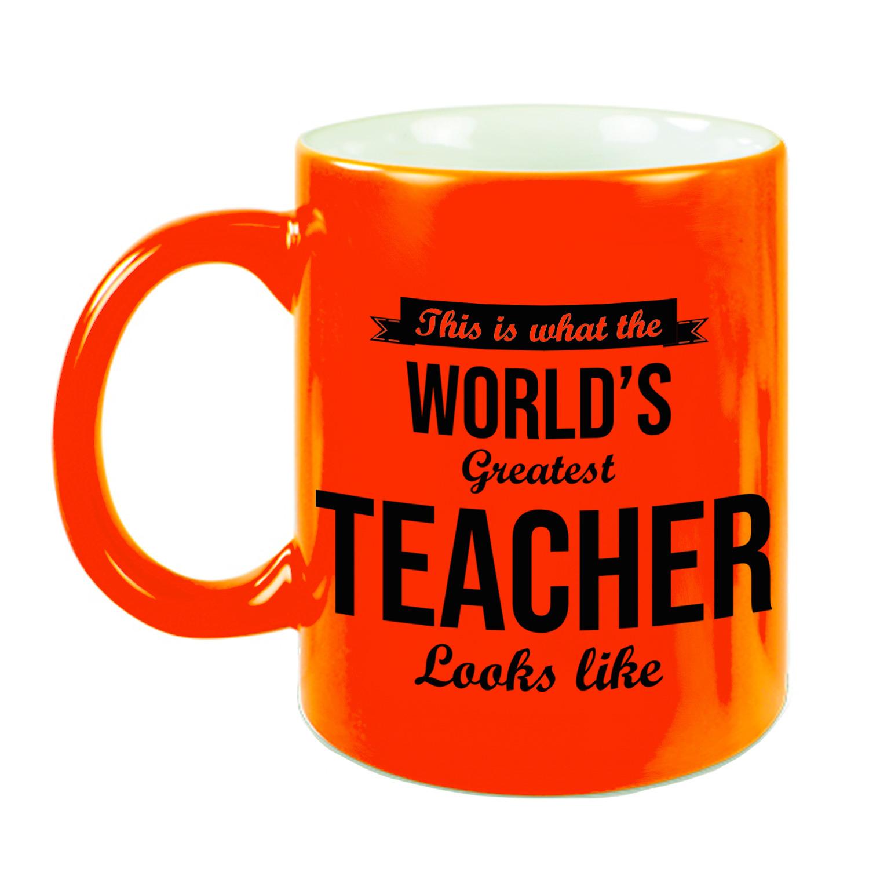 Worlds Greatest Teacher cadeau koffiemok - theebeker voor leraar - lerares neon oranje 330 ml