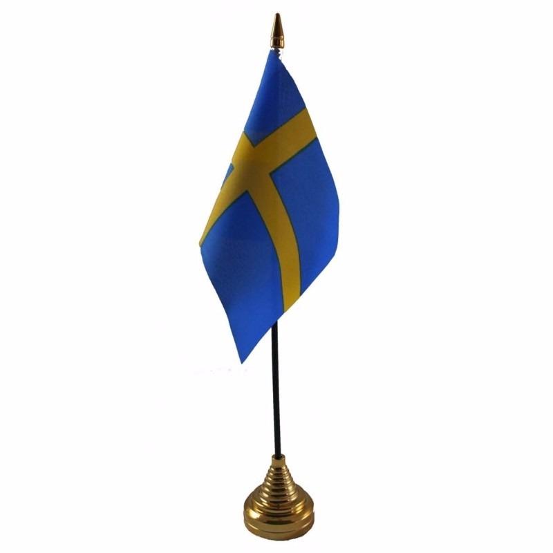 Zweden tafelvlaggetje 10 x 15 cm met standaard